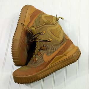 Nike Air Wild Mid sneaker shoes